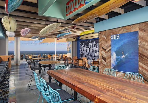 Designed By La Jolla California Based Hatch Design Group And Bill Parsons The Chairman Of T S Restaurants Duke Is A Restaurant That